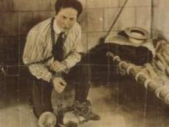 1926. október 31-én halt meg Harry Houdini