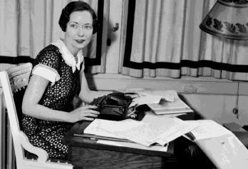 1949. augusztus 16-án halt meg Margaret Mitchell