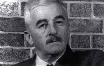 1897. szeptember 25-én született William Faulkner
