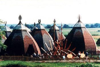 1982. április 18-án avatták fel Ópusztaszeren a Nemzeti Történeti Emlékparkot