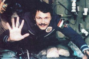 1980. május 26-án indult a világűrbe az első magyar űrhajós