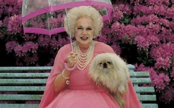 1901. július 9-én született Barbara Cartland