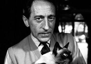 1889. július 5-én született Jean Cocteau