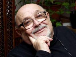 1933. november 19-én született Popper Péter