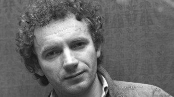 1937. augusztus 18-án született Edward Stachura