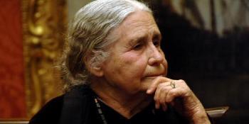 2013. november 17-én halt meg Doris Lessing