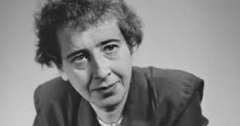 1975. december 4-én halt meg Hannah Arendt