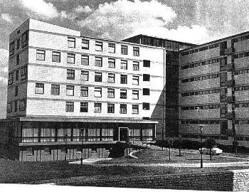 1965. szeptember 25-én átadták az 555 ágyas Városi Kórházat